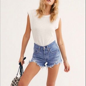 Levi's high waisted jean short Athens